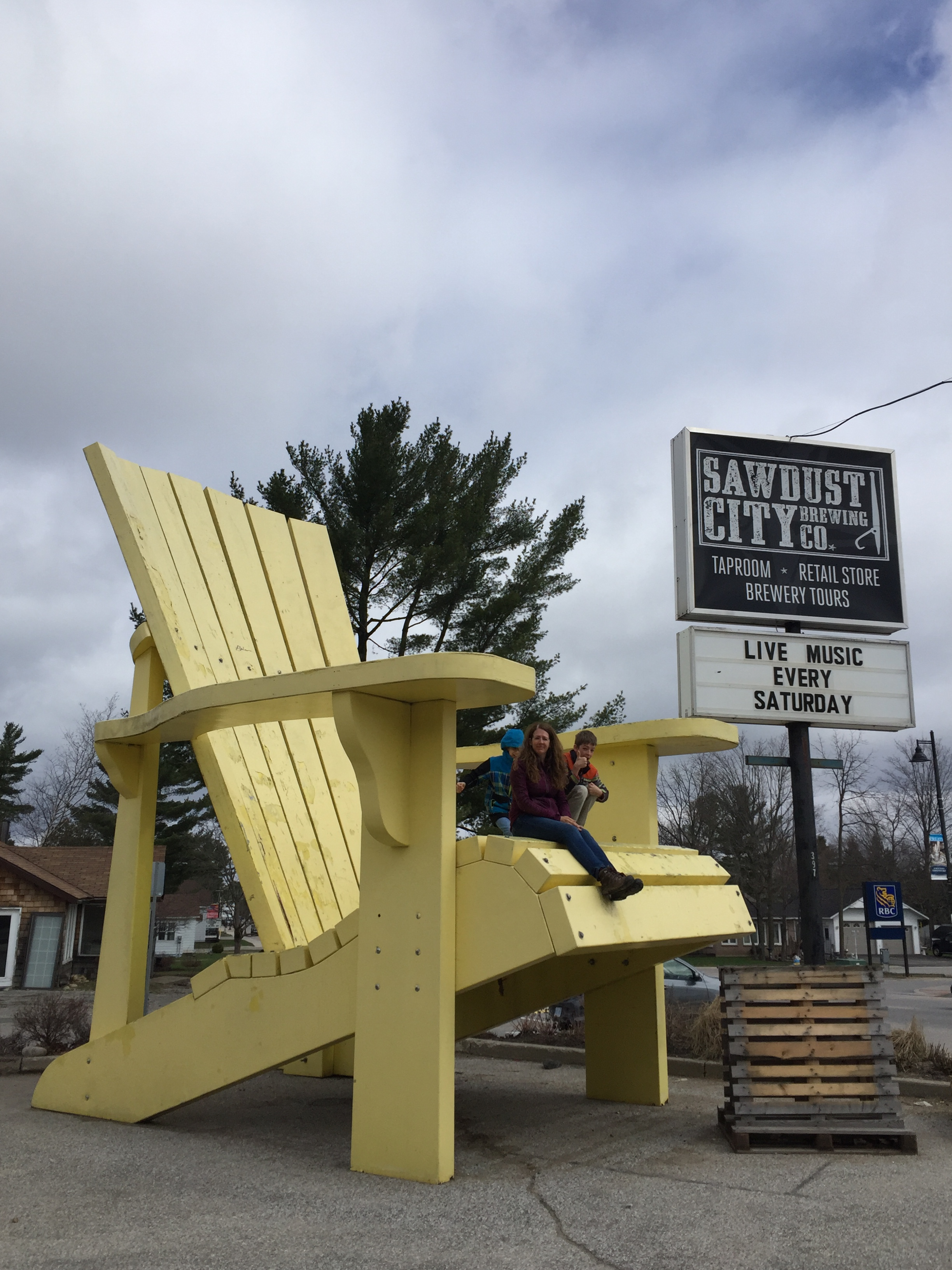 world s largest muskoka chair